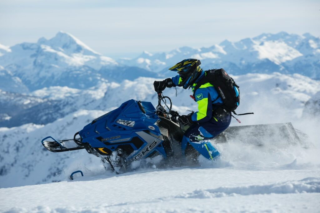 Snowmobile Recovery Services